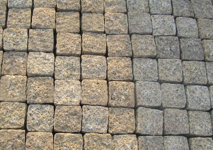 G682 Granite Cobbles with Top Flamed and Others Natural Finish